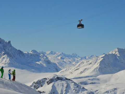 Sports in the mountains at the Arlberg
