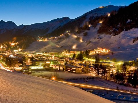 St. Anton am Arberlg in Austira by night